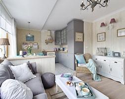 Ludwik w Skandynawii ;) - Średni biały beżowy salon z kuchnią z jadalnią, styl prowansalski - zdjęcie od DreamHouse