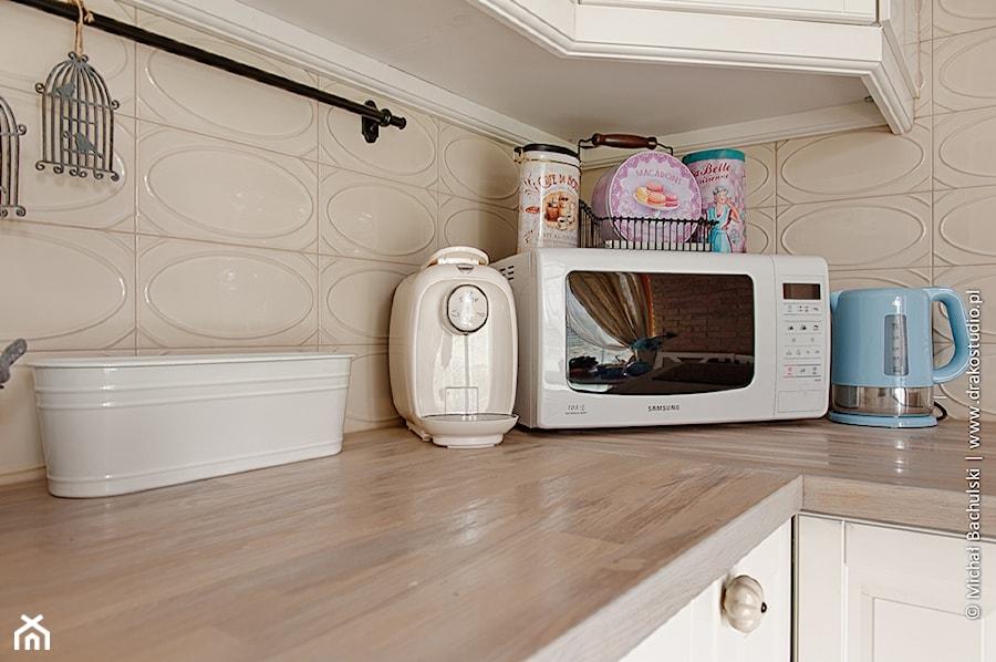 Francuski zakątek ;) - Kuchnia, styl prowansalski - zdjęcie od DreamHouse