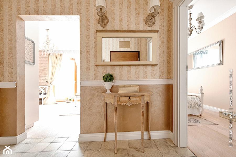 Francuski zakątek ;) - Hol / przedpokój, styl prowansalski - zdjęcie od DreamHouse