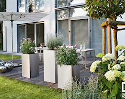 Minimalistyczne+dekoracje+ogrodowe+marki+Blomus+-+zdj%C4%99cie+od+Fabryka+Form