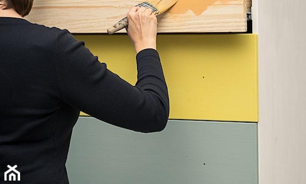 komoda malowana farbą kredową