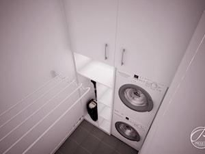 Apartament przy Forcie Bema - Mała biała łazienka w bloku w domu jednorodzinnym bez okna, styl minimalistyczny - zdjęcie od Progetti Architektura
