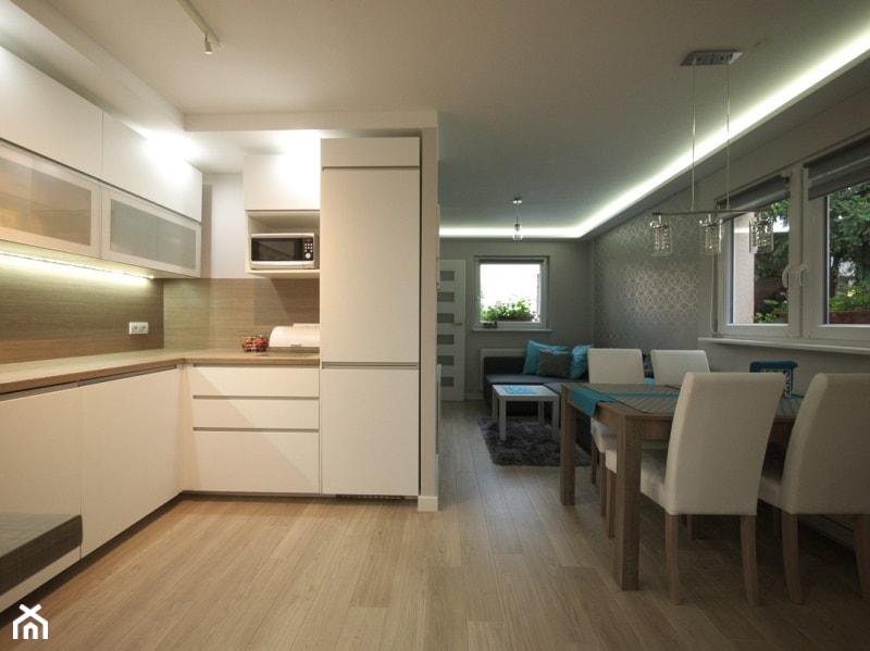 Jadalnia z kuchnią  zdjęcie od Interio Desi Pracownia Projektowa # Projekt Domu Kuchnia Z Jadalnia