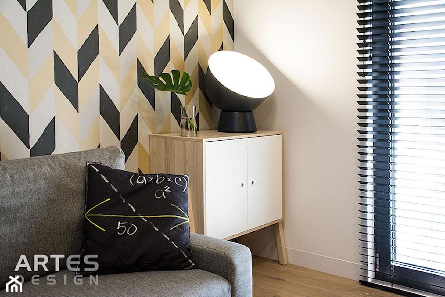 Dom jednorodzinny z charakterem - Mały biały kolorowy pokój dziecka dla chłopca dla dziewczynki dla nastolatka, styl nowoczesny - zdjęcie od Artes Design
