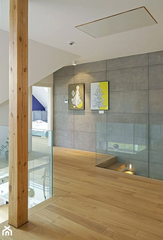 STYLOWY 2 - realizacja projektu - Średni biały szary hol / przedpokój, styl skandynawski - zdjęcie od DOMY Z WIZJĄ - nowoczesne projekty domów