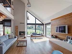 DOSKONAŁY 3 - realizacja projektu - Duży szary biały salon, styl skandynawski - zdjęcie od DOMY Z WIZJĄ - nowoczesne projekty domów