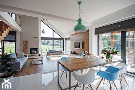 Co położyć na ogrzewanie podłogowe – panele czy płytki?