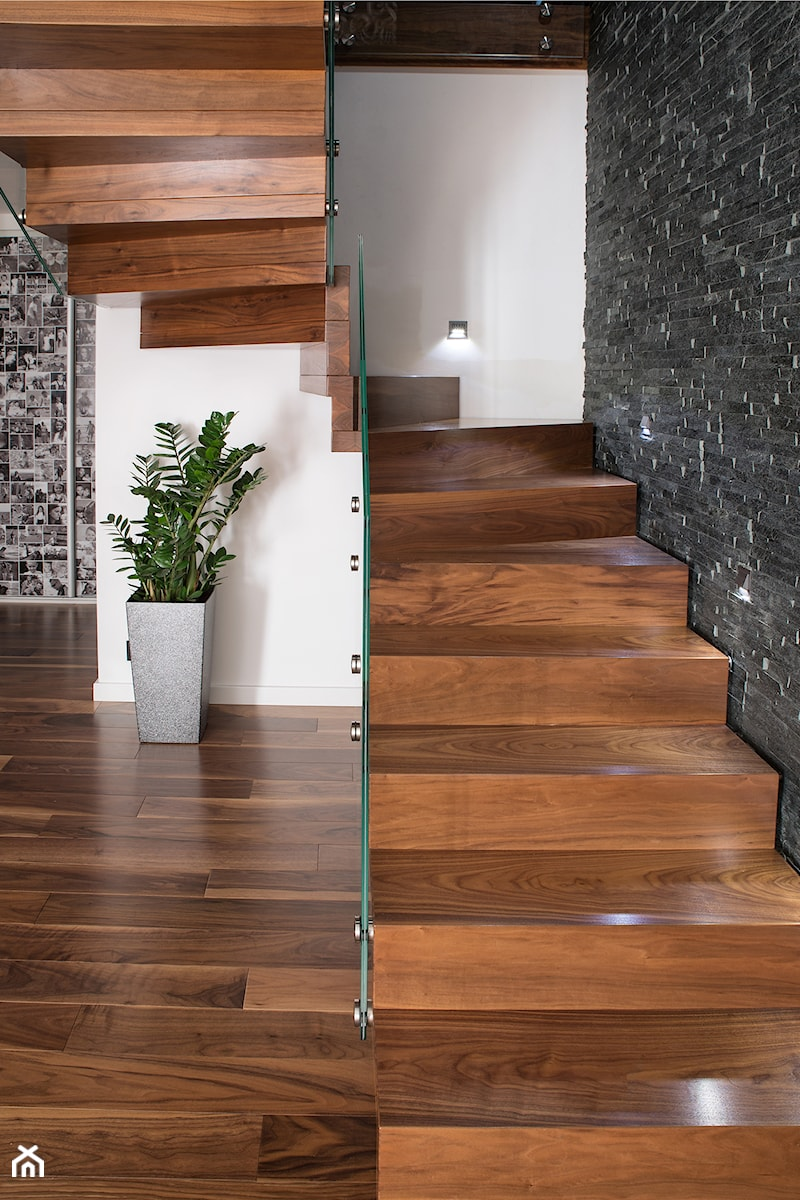 schody dywanowe - zdjęcie od schody-dywanowe.com