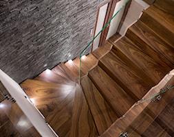 Schody+drewniane+Warszawa+-+zdj%C4%99cie+od+schody-dywanowe.com
