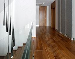 Dom na Podhalu - Schody, styl nowoczesny - zdjęcie od Intellio designers projekty wnętrz - Homebook