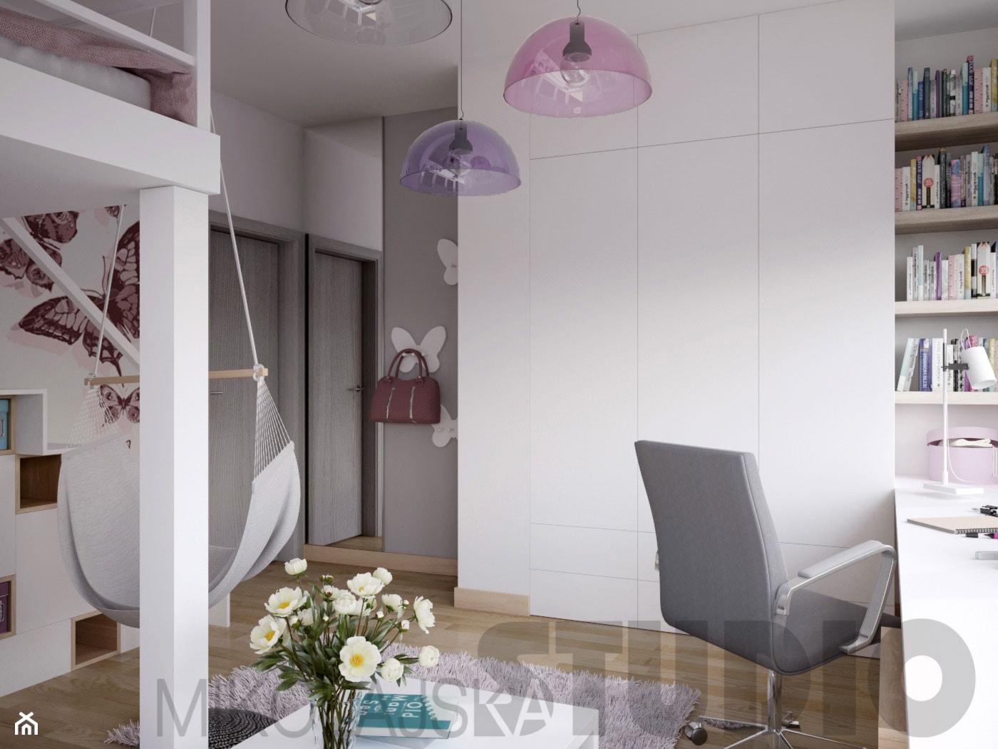 Pokój dla dziewczynki w brudnoróżowym kolorze - zdjęcie od MIKOŁAJSKAstudio - Homebook