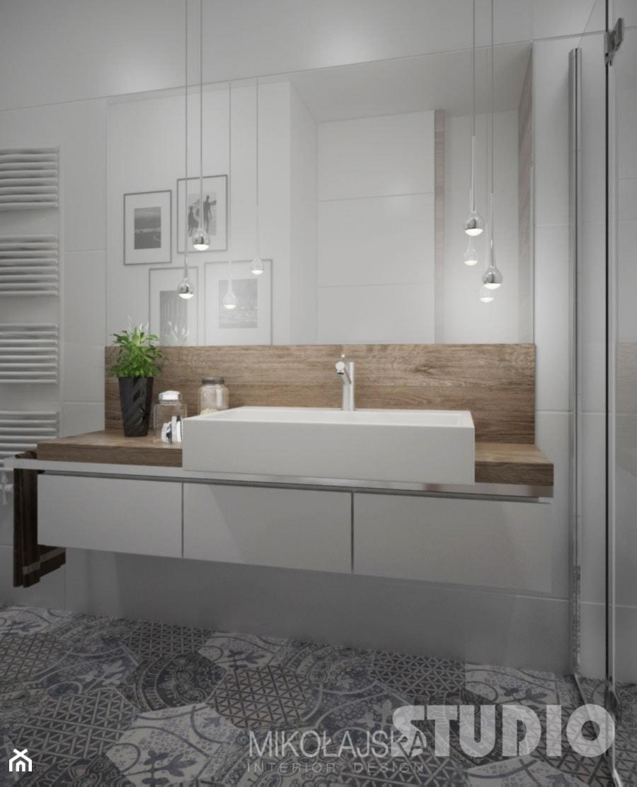 łazienka jasna biała podłoga wzorzysta drewno w łazience drewniany blat prysz   -> Biala Kuchnia Drewniany Blat Jakie Plytki