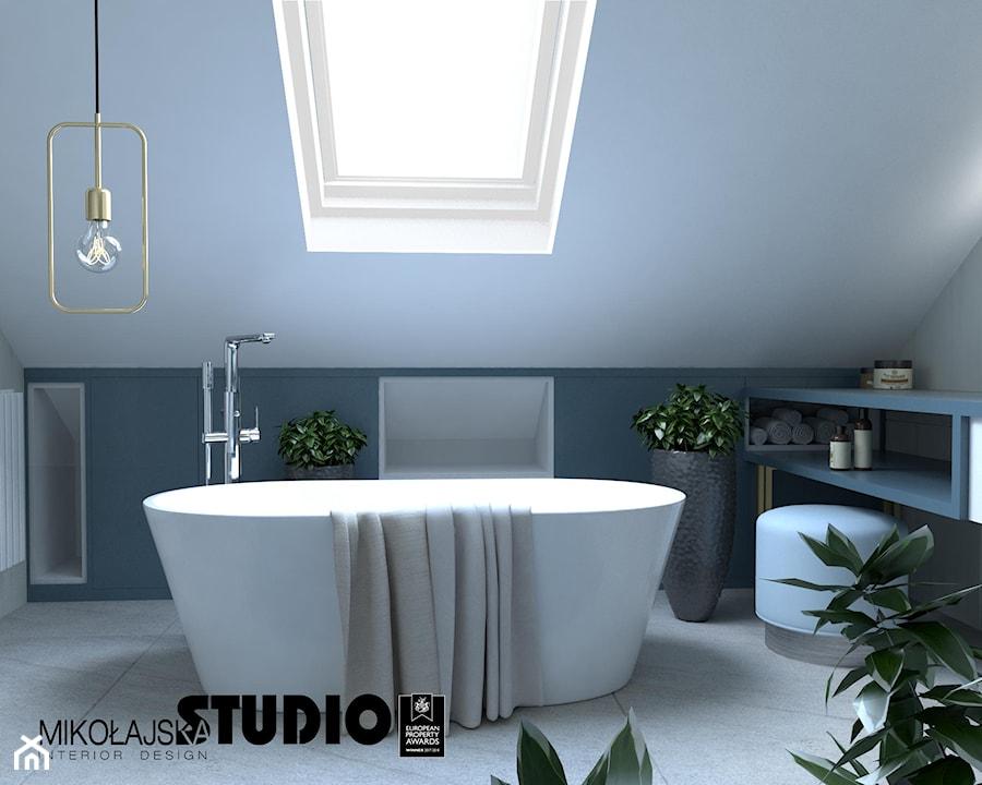wolnostojaca wanna w łazience - zdjęcie od MIKOŁAJSKAstudio