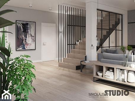 Aranżacje wnętrz - Schody: industrialne schody - MIKOŁAJSKAstudio. Przeglądaj, dodawaj i zapisuj najlepsze zdjęcia, pomysły i inspiracje designerskie. W bazie mamy już prawie milion fotografii!
