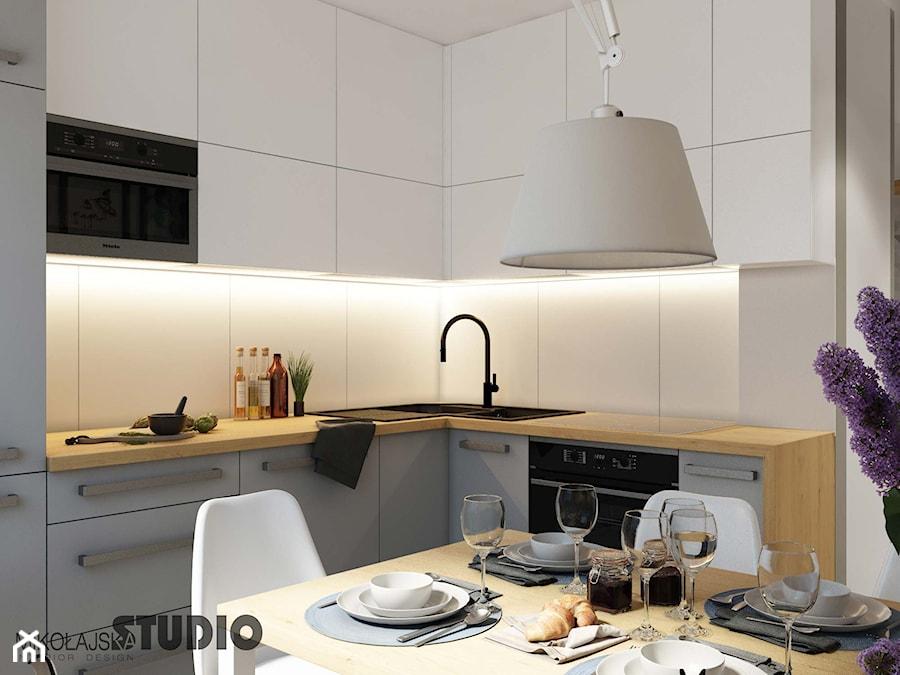 Biała Kuchnia Drewniane Akcenty Zdjęcie Od