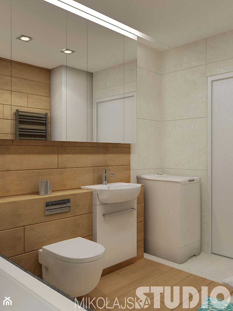 Aranżacje wnętrz - Łazienka: Łazienka w drewnie - MIKOŁAJSKAstudio. Przeglądaj, dodawaj i zapisuj najlepsze zdjęcia, pomysły i inspiracje designerskie. W bazie mamy już prawie milion fotografii!