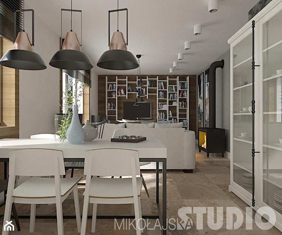 Aranżacje wnętrz - Salon: Salon w stylu eklektycznym - MIKOŁAJSKAstudio. Przeglądaj, dodawaj i zapisuj najlepsze zdjęcia, pomysły i inspiracje designerskie. W bazie mamy już prawie milion fotografii!