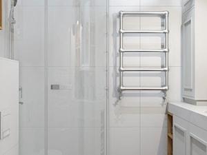 bathroom-classic style - zdjęcie od MIKOŁAJSKAstudio