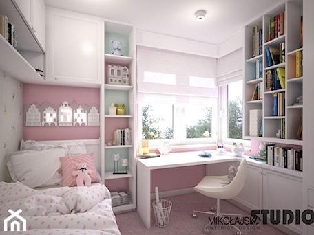 Aranżacje wnętrz - Pokój dziecka: różowy pokój dziecęcy - MIKOŁAJSKAstudio. Przeglądaj, dodawaj i zapisuj najlepsze zdjęcia, pomysły i inspiracje designerskie. W bazie mamy już prawie milion fotografii!