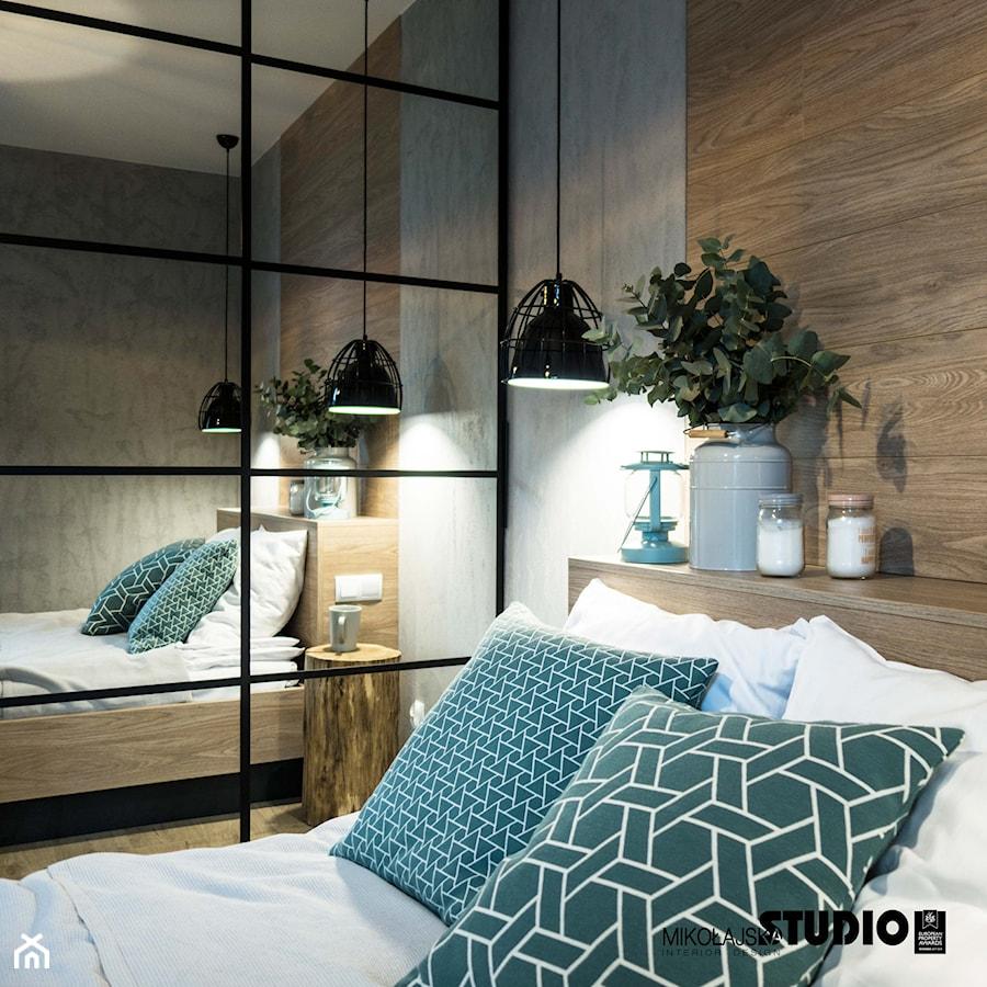 Sypialnia z niebieskim akcentem - zdjęcie od MIKOŁAJSKAstudio