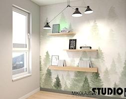 Z ODROBINĄ ZIELENI - Małe beżowe zielone biuro w pokoju, styl nowoczesny - zdjęcie od MIKOŁAJSKAstudio