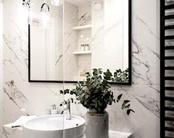 Marmurowa łazienka - zdjęcie od MIKOŁAJSKAstudio