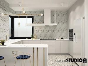 biała zabudowa kuchenna - zdjęcie od MIKOŁAJSKAstudio