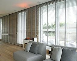 130m2 - żoliborz - Średni biały salon z kuchnią z jadalnią, styl skandynawski - zdjęcie od t design - Homebook