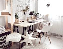 Biuro+-+zdj%C4%99cie+od+O-Caroline+Blog