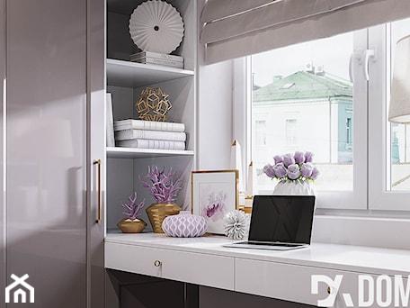 Aranżacje wnętrz - Garderoba: Mieszkanie w stylu Glamour - Garderoba z oknem, styl glamour - Dom-Art. Przeglądaj, dodawaj i zapisuj najlepsze zdjęcia, pomysły i inspiracje designerskie. W bazie mamy już prawie milion fotografii!