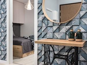 Skandynawskie Mieszkanie - Średni szary hol / przedpokój, styl skandynawski - zdjęcie od Dom-Art