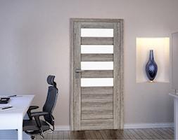 Drzwi wewnętrzne - Małe szare biuro pracownia kącik do pracy, styl tradycyjny - zdjęcie od Stolbud Włoszczowa S.A./Grupa Koronea