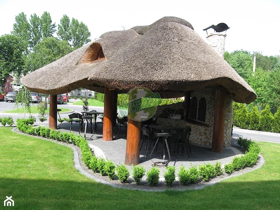 Altana Drewniana Kryta Strzechą Dziedzic Ogród Sklep