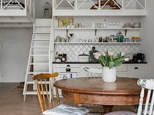 Botanical Studio Space - Jadalnia, styl eklektyczny - zdjęcie od Homebook.pl