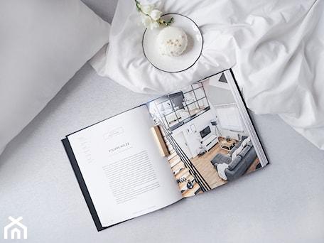 Aranżacje wnętrz - Sypialnia: Homebook Design vol. 4 - Sypialnia, styl nowoczesny - Homebook.pl. Przeglądaj, dodawaj i zapisuj najlepsze zdjęcia, pomysły i inspiracje designerskie. W bazie mamy już prawie milion fotografii!