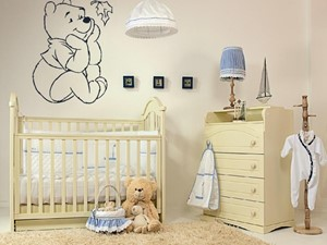 Mały beżowy pokój dziecka dla chłopca dla niemowlaka, styl tradycyjny - zdjęcie od Homebook.pl