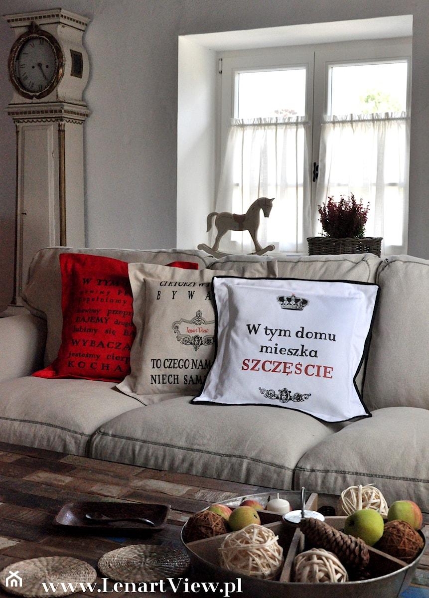 Poduszki Dekoracyjne Poduszki Z Napisami Zdjęcie Od