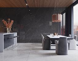 Kolekcja Marquina - Duża otwarta szara jadalnia w kuchni, styl industrialny - zdjęcie od Cerrad