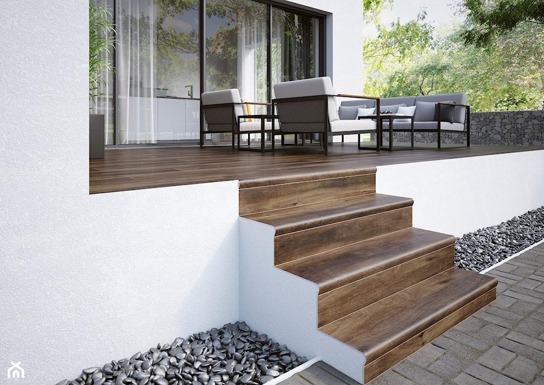 płyta tarasowa, drewno na tarasie, stopnice, stopnie schodowe