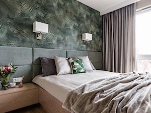 Apartament - Gdynia Kosakowo - Mała biała sypialnia małżeńska - zdjęcie od Anna Serafin Architektura Wnętrz