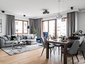 Apartament Altoria 2 - Gdynia - Duży szary salon z kuchnią z jadalnią z tarasem / balkonem, styl nowoczesny - zdjęcie od Anna Serafin Architektura Wnętrz