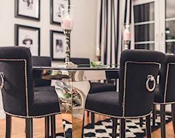 Jadalnia - Średnia otwarta beżowa jadalnia w salonie, styl klasyczny - zdjęcie od VAVASIS - Homebook