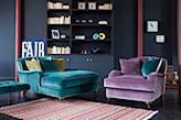 fioletowy fotel z aksamitu i morska leżanka z aksamitu