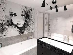 marmur w łazience, kamień w łazience, fototapeta w łazience, grafika na kamieniu, grafika w łazience, zdjęcie w łazience, żółta szafka, szara łazienka, kamienna łazienka, czarna szafka, czarny marmur - zdjęcie od MONTARI