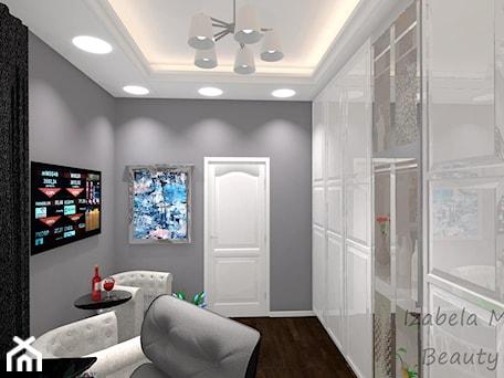 Aranżacje wnętrz - Biuro: Rezydencja w stylu klasycznym - Beauty Homes. Przeglądaj, dodawaj i zapisuj najlepsze zdjęcia, pomysły i inspiracje designerskie. W bazie mamy już prawie milion fotografii!