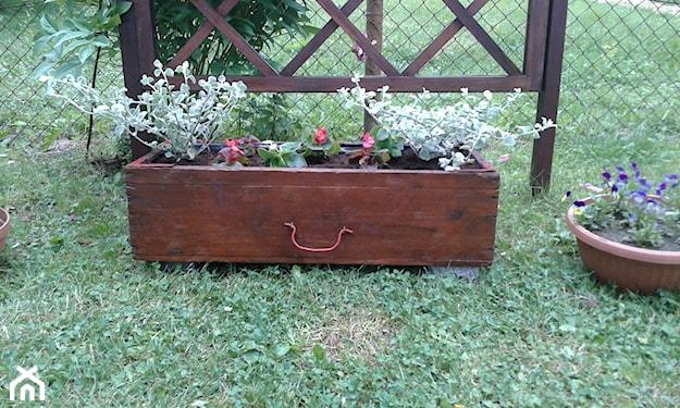 Ozdoby do ogrodu z doniczek