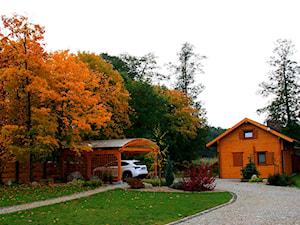 Przy rzece.Lubuskie.PL - Duży ogród przed domem z altaną - zdjęcie od addGreen Architektura Krajobrazu