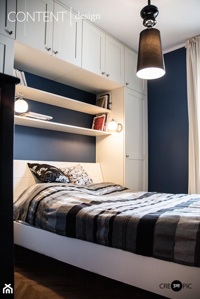 mała sypialnia z garderobą - Sypialnia - zdjęcie od Anna Błażowska