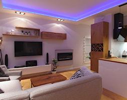 Mieszkanie 50m - Mały biały salon z kuchnią, styl skandynawski - zdjęcie od Magdalena Kruczyk 2