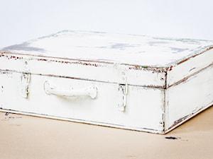 Jak zrobić metamorfozę starej walizki?